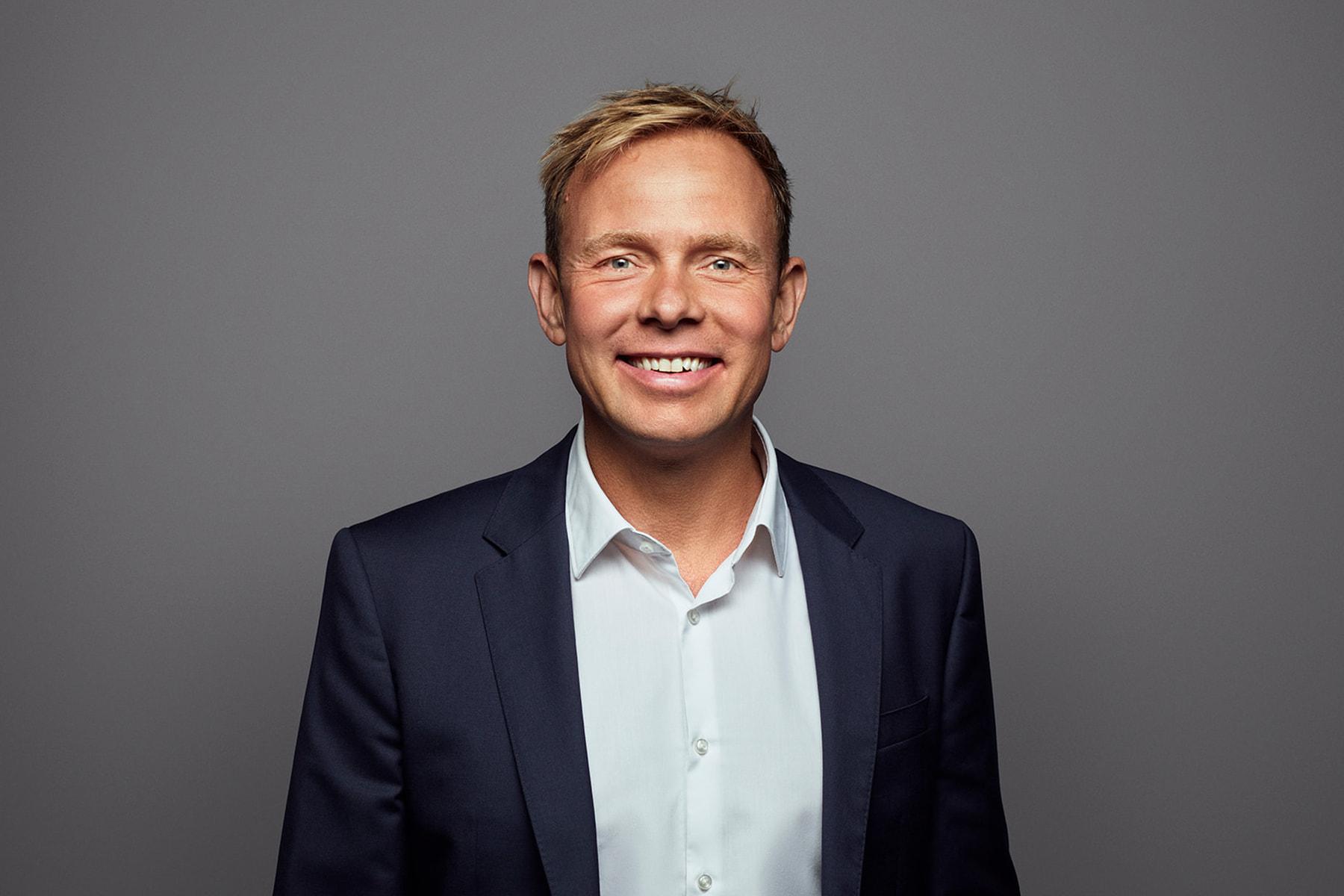 Thomas Resized Profile Pictures